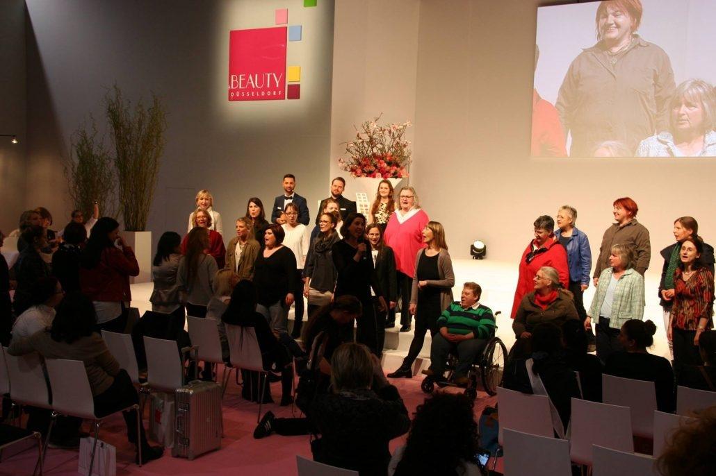 Gospelchor bei der Beauty Messe Düsseldorf